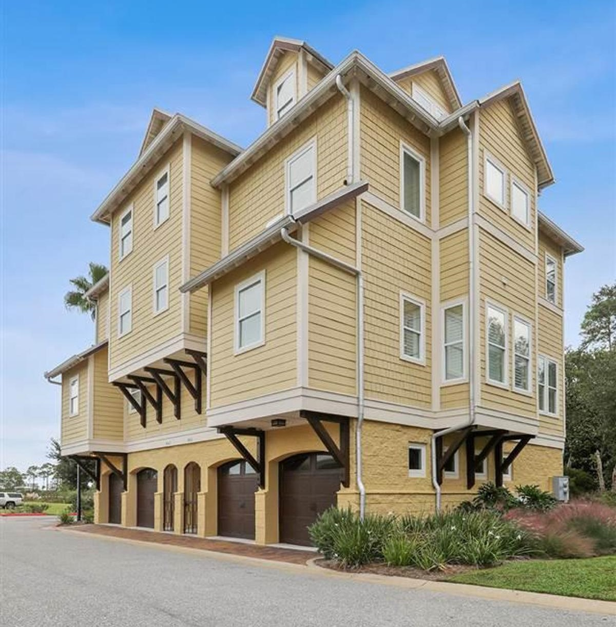 Exterior picture of The Grander, Orange Beach
